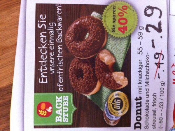 NETTO. Donut mit Schokolade und Milchschokostreusel (-40%) -.29€