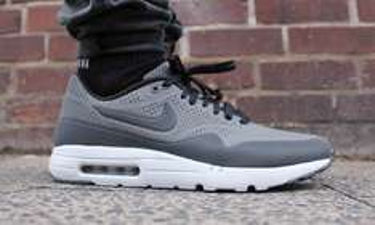 Nike AIR MAX 1 ULTRA MOIRE verschiedene Farben @ Runnerspoint.de (4% Cashback qipu)