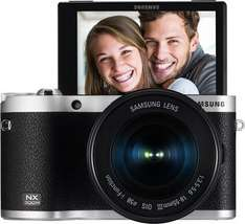 Samsung NX300M Systemkamera schwarz Kit mit 18-55 mm Objektiv [Amazon-WHD] 309,73 €