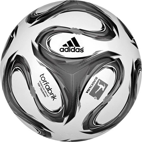 [Amazon Marketplace] Adidas Torfabrik Top Training in weiß / grau für 14,99€ = 25% Ersparnis und rot / weiß für 16,90€ = 23% Ersparnis