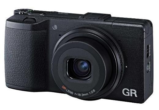 Ricoh GR Digital Kamera (16 Megapixel, CMOS Sensor, USB) schwarz @amazon.fr