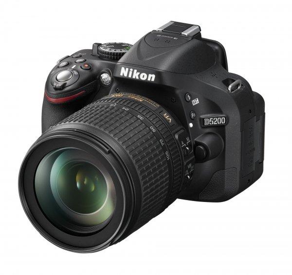 Nikon D 5200 schwarz Kit AF-S DX 18-105 mm VR