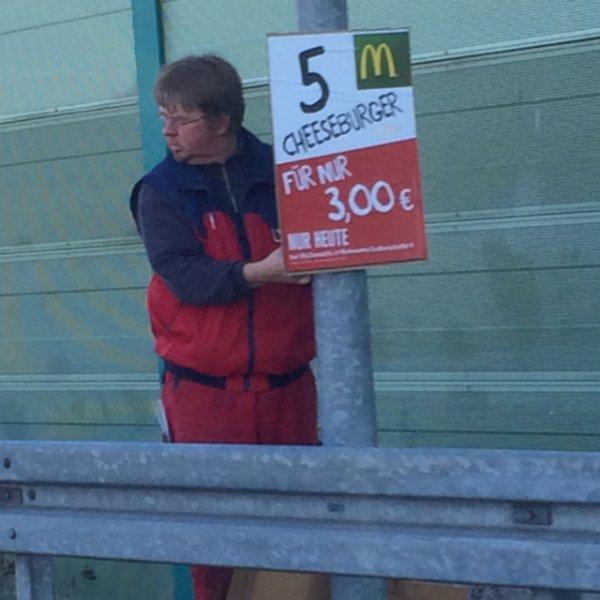 McDonalds Schwerin 5 Cheesburger für 3,-€
