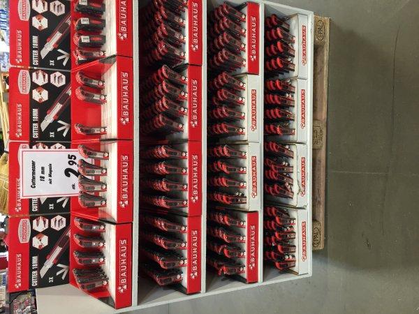 [Lokal??] Cuttermesser 18mm mit 3x Magazin und Gummigriff @Bauhaus Frankfurt Hanauer