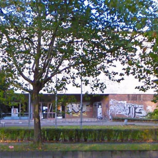 (Stuttgart Mitte) Kostenlose Energy-Drinks (Dosen) Eingangsbereich Uni Mensa 1