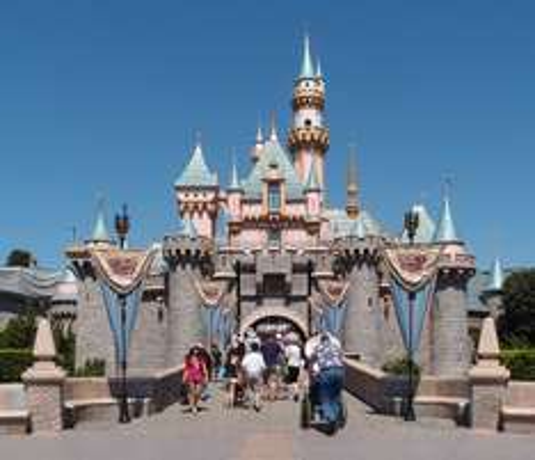Disneyland Paris mit Hotel 129€ + 8% Cashback