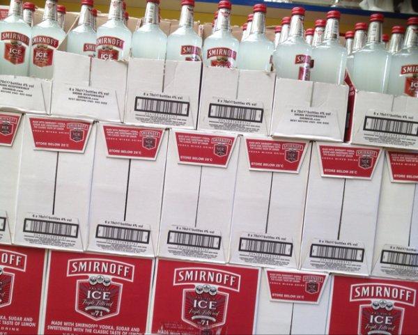[Lokal Winterswijk] Smirnoff Ice 0,7l ; 6 Flaschen 16,99€ / 2.84€ pro Flasche