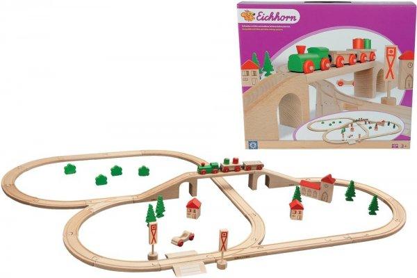 Eichhorn Holzeisenbahn Bahnset 1204 mit Brücke 55teilig (u.a inkl. Zug, Auto, 460cm Schienenlänge) für 24,95€  @smdv.de