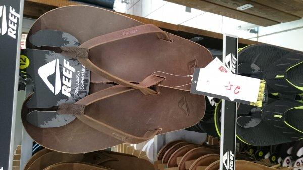 [Lokal Meerbusch Nähe Düsseldorf] Reef Flip Flopps z.B skinny Leather 25€