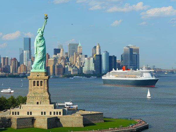 Queen Mary  ab New York – Hamburg im Juni ab 999 EUR