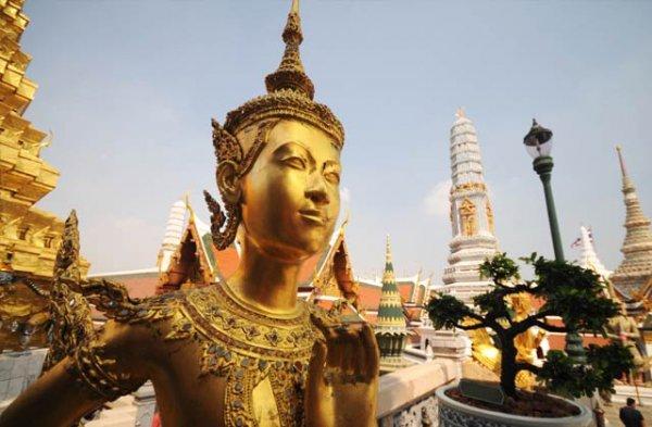 Frankfurt - Bangkok im November mit 1 Tag Aufenthalt in Peking mit Air China