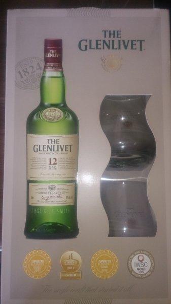 Kaufland (Bayernweit) Whisky Glenlivet 12 Years Geschenkset mit 2 Gläser für 16,30 € (statt PVG 26,50 €)