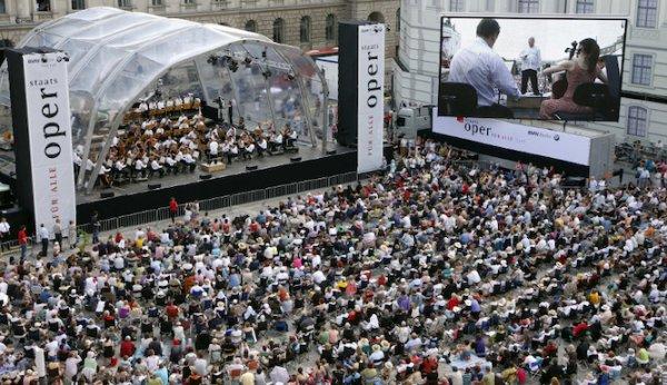 Berlin - Staatsoper für alle 2015 mit Daniel Barenboim - Bebelplatz - 21. 6. 2015, ab 13 Uhr