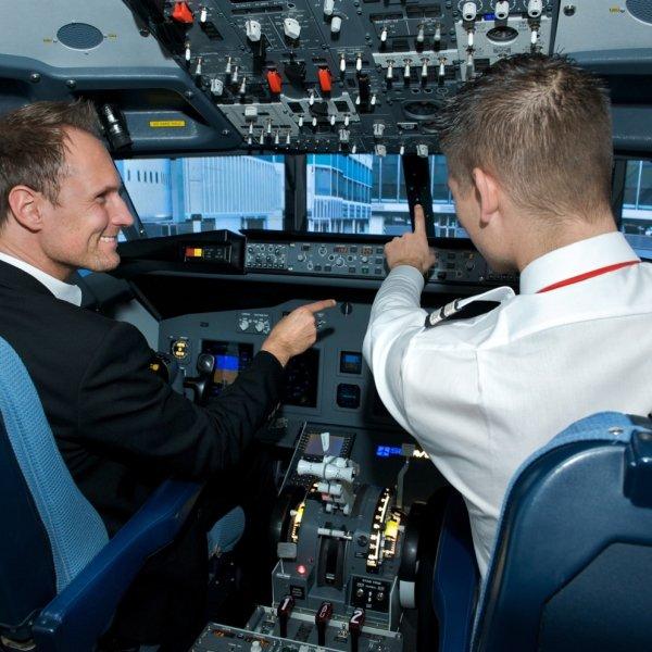 iPILOT Gutschein für einen 30-minütigen Simulatorflug als Zeitschrift Connect Prämie *München*