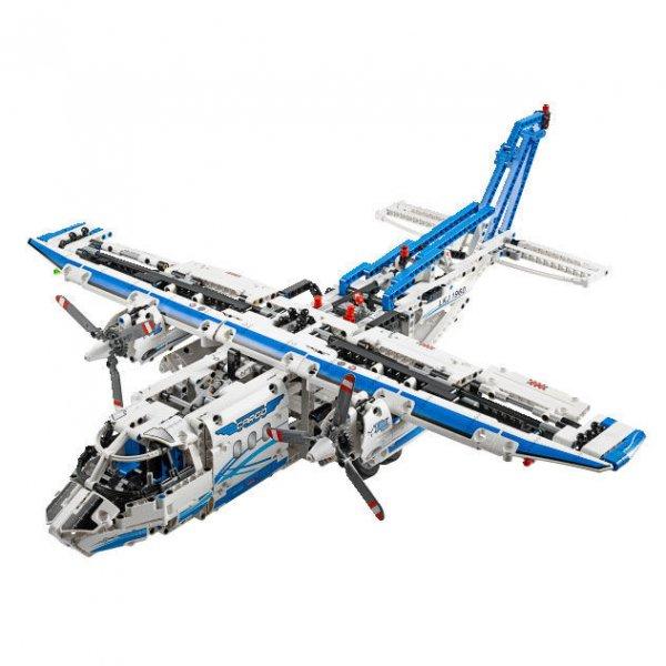 [Interspar Österreich OFFLINE] LEGO Technic 42025 Flugzeug in Aktion PLUS -20% GS PLUS 5 Euro Warengutschein (NUR HEUTE!!!)