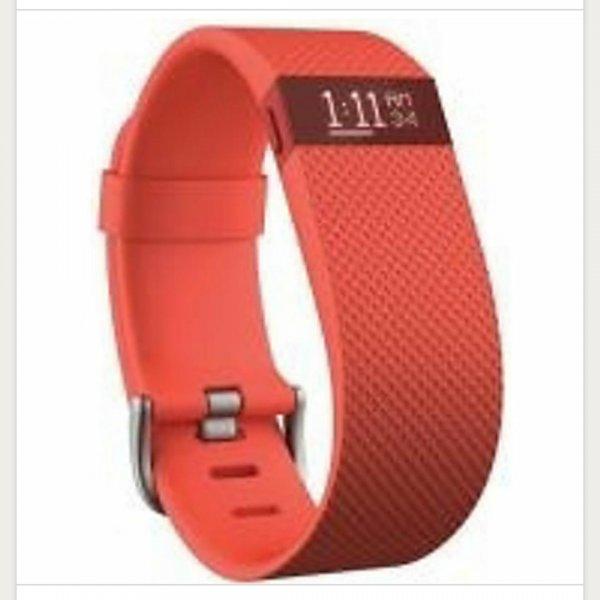 Fitbit Charge HR für 127,95€
