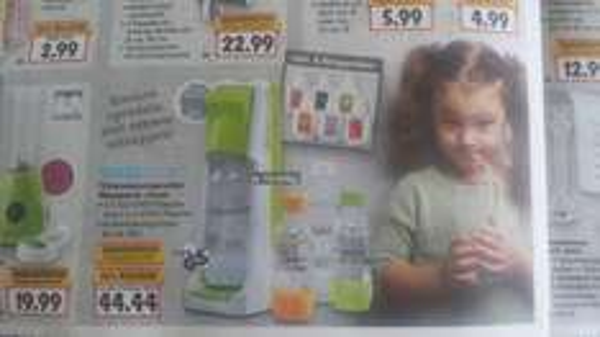 """[Kaufland] Sodastream Megapack """"Cool"""" - 4 Flaschen, 6 Sirups, 1 CO2 Kartusche"""