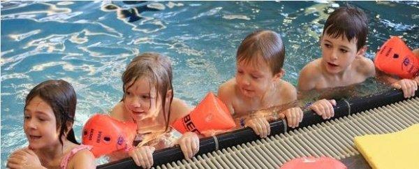 Spandauer Schüler erhalten kostenlos Schwimmunterricht