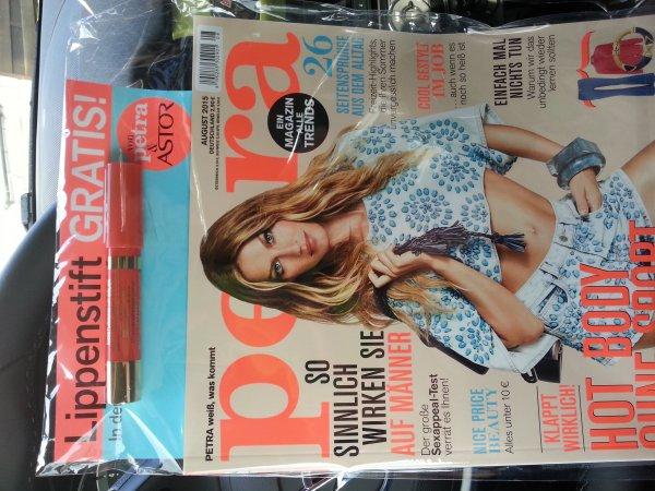 Petra Zeitschrift mit Gratis Astor LipButter 2,90€