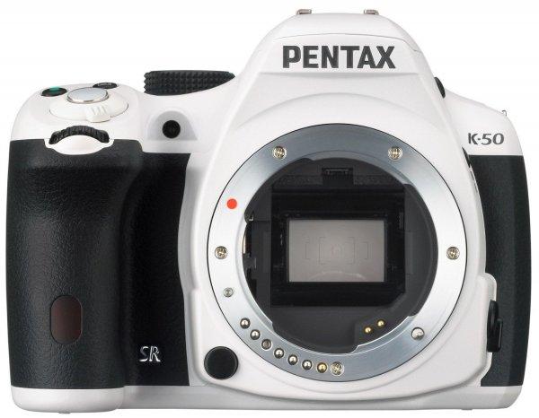 [Amazon] Pentax K-50 Body weiß für 275,03€ (Geizhals: 325,99€)