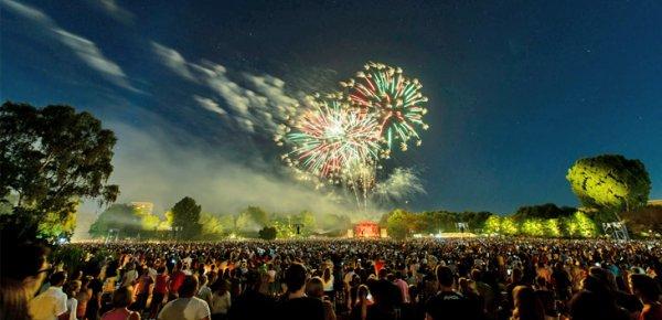 """[Nürnberg] Klassik Open Air im Luitpoldhain mit der Staatsphilharmonie Nürnberg """"20th Century Classics"""" und anschließendem Feuerwerk, 26. 7. 2015, ab 20 Uhr"""