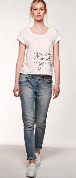 We Fashion: -20% auf bereits reduzierte Artikel nur für Damen, z.B. Boyfriend-Jeans für 8€ (+4,95€ VSK) statt 39,95€