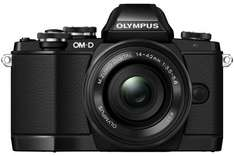 [Amazon] Olympus OM-D E-M10 mit 14-42mm elektr.Zoom (!) inkl. 100€ Amazon-Gutschein