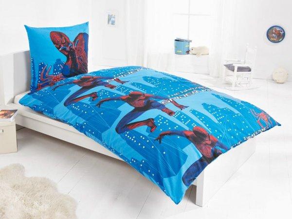 [3% Qipu] SPIDERMAN Bettwäsche 135 x 200 cm 100% Baumwolle in blau und rot für 12,99€ zzgl. 4,95€ Versand @Lidl Online
