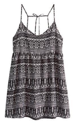 H&M: Versandkostenfrei mit MBW 7€, z.B. Kleid für 7€ statt 14,98€