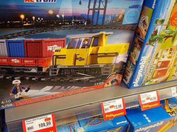 [Marktkauf offline in Bielefeld-Sennestadt] Playmobil Abverkauf z.B. 5258 RC-Güterzug mit Licht & Sound für 75,- EUR und weitere potentielle Weihnachtsgeschenke