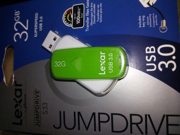 Lexar USB3.0 Stick Jumpdrive S33