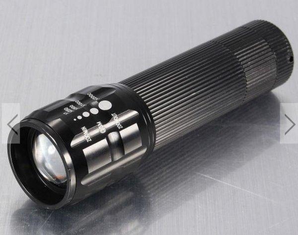 [Banggood] Cree Q5 Taschenlampe 240LM für nur 2,60€ inkl. Versand / mit Fahrradhalterung für 3€ inkl. Versand