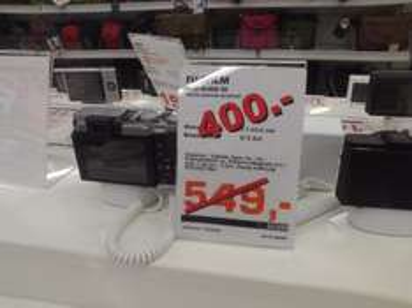 [LOKAL - OSNABRÜCK] Fuji X30 Black  400€  Idealo: 469€  15% billiger als Bestpreis - Cashback möglich ?!