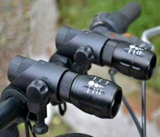[Banggood] Cree Q5 Taschenlampe 240LM mit Fahrradhalterung für 2,76€ inkl. Versand / Ohne Halterung für nur 2,52€ inkl. Versand