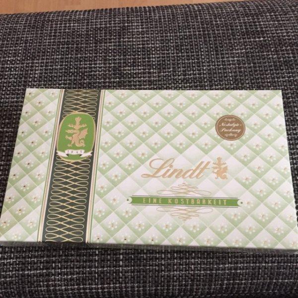 4,49€ Lindt 200g Pralinen Mischung [Real Heiligenhaus]