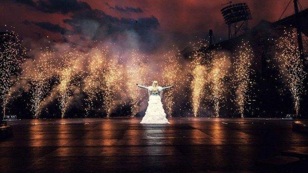 Helene Fischer - Konzert Farbenspiel Olympiastadion Berlin als Stream und Download