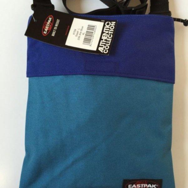 EastpakUmhängetasche für 7,99 Euro