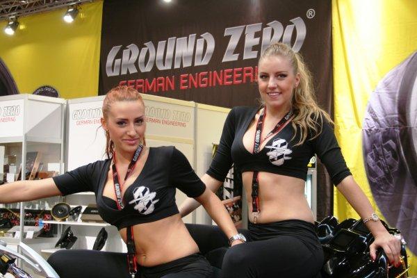 Ground Zero GZUA 5600DX - Hocheffizienter Fullrange CLASS-D 5-Kanal Verstärker 55% unter idealo, bei Vorkasse sogar nur 316,35EUR
