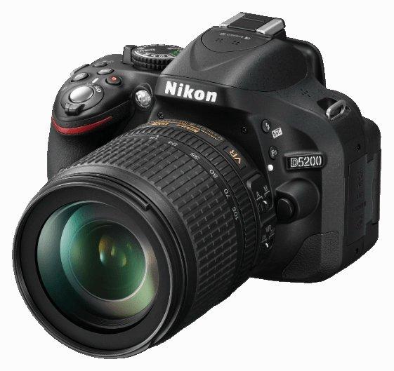 [Lokal Saturn Mannheim] Nikon D5200 + Objektiv 18-105VR Kit Schwarz für 525 Euro, nur noch heute