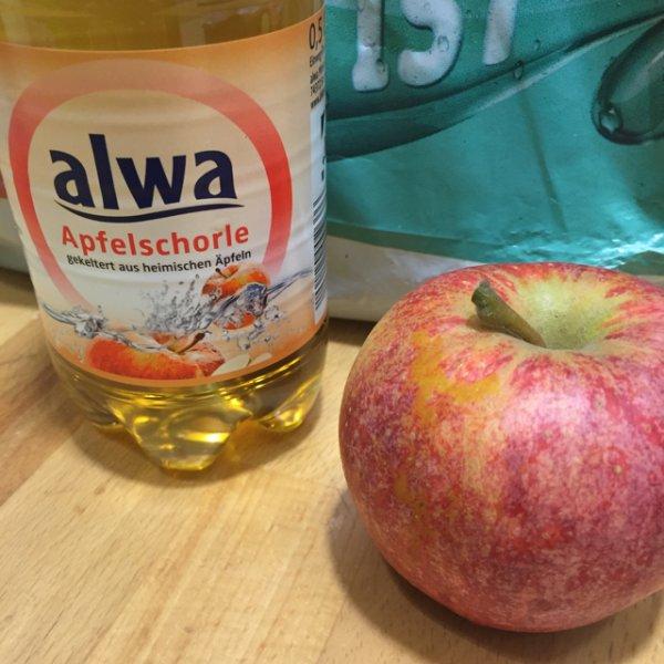 Gratis 0,5l Alwa Schorle + Apfel @ REWE Mannheim Stadthaus. Bundesweit?