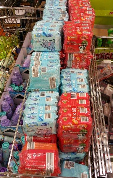 Aldi Bonn Beuel: 4 x 60 Blatt feuchtes Kinder-Toilettenpapier (statt 3,99 Euro)