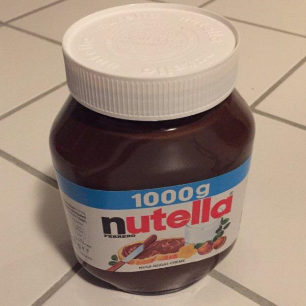 Penny Sonderposten 1kg Nutella für 3,00 € [Lokal Hamburg-Sasel]