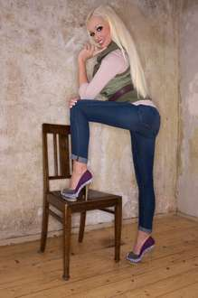 Daniela Katzenberger Ladystar Schuhe für 19,95 € inkl. Versand. U.a. Winterstiefel