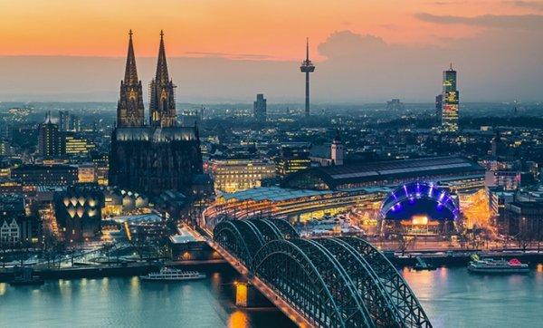Köln : Adventsschiffstour für Zwei mit KÖLNTOURIST Personenschiffahrt am Dom @ Groupon ( Qipu möglich) 13,90 € statt 27,80 €