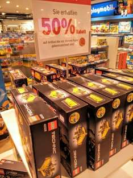 [lokal Karstadt Frankfurt Main] Lego Technic - Bulldozer (42028) für 19,99
