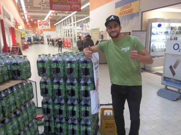 [EGELSBACH] Rewe Center: 1200x Coke Life 0,25l kostenlos ab 11 Uhr am 31.10.2015