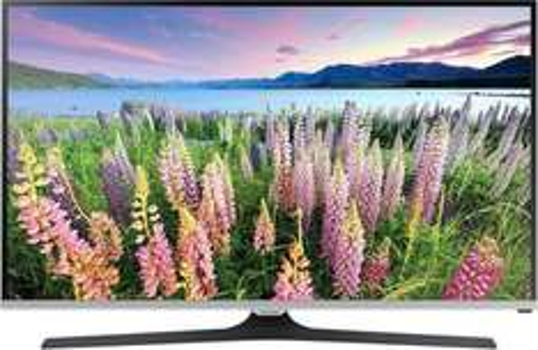 [Mediamarkt] Samsung UE50J5150AS LED TV (50'' FHD, 200 PQI, Triple Tuner, CI+, EEK A+) für 477€ versandkostenfrei