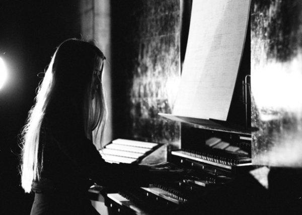 """[Musik] Anna von Hausswolff - """"The Miraculous"""" im Stream (VÖ 13.11.2015)"""
