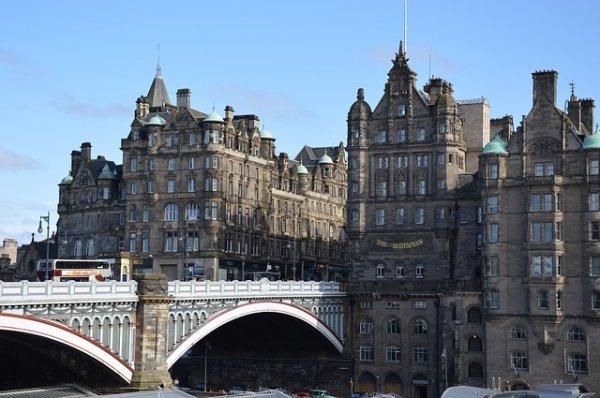 2 Nächte, 3 Tage Edinburgh inklusive Hotel und Flug ab Düsseldorf-Weeze für nur 66 €
