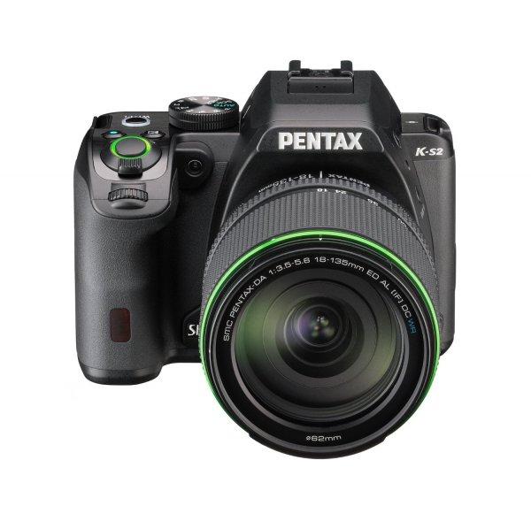 Pentax K-S2 mit 18-135 mm Objektiv für 705,56€ bei Amazon.fr